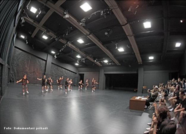 Ngobrol-Teater,-40-hari_3